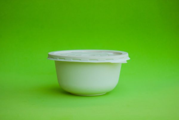 plato hondo con tapa almidon de maiz